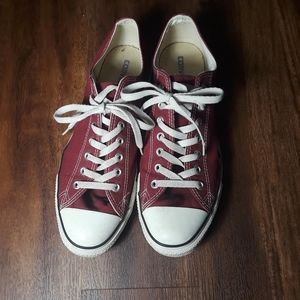 Burgundy Converse Chuck sneakers